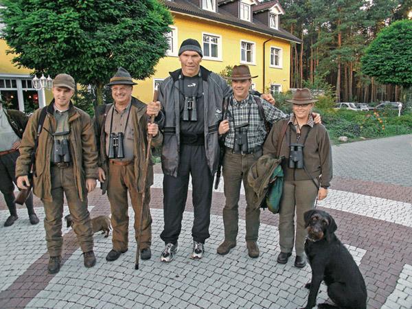 Николай Валуев на охоте, охота в Германии, охота Николая Валуева, Валуев охотник, охота на оленя в Германии, Николай Валуев фото на охоте