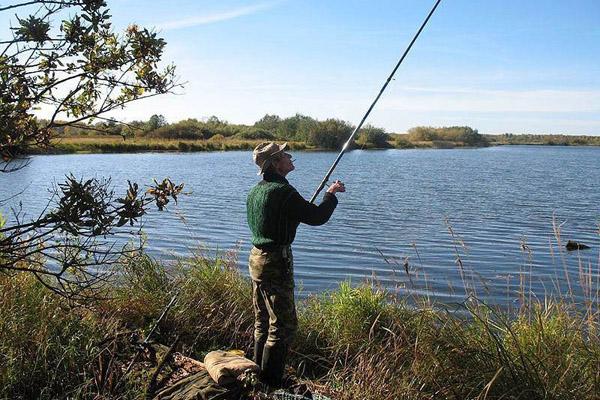 Рыбалка, электричество, рыбалка в зоне ЛЭП, рыбалка в охранных зонах линий электропередач, рыбалка в грозу, рыбалка с удочкой, правила безопасности на рыбалке.