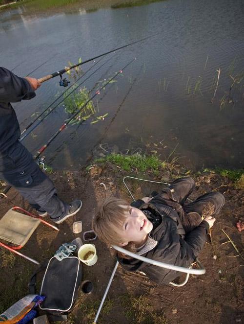 12  июня в День независимости России в городе Одинцово прошел традиционный  рыболовный турнир на призы мэра города.