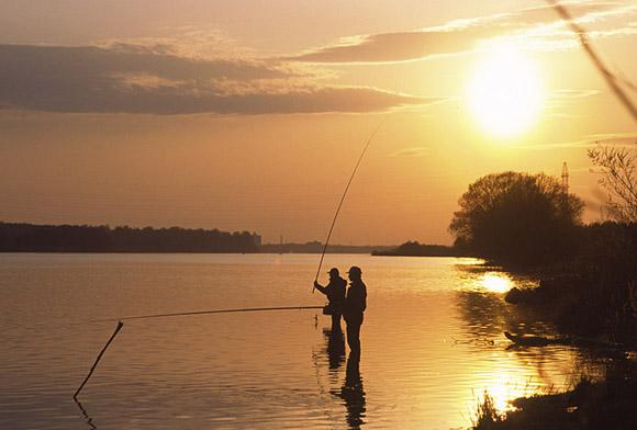 Алма-атинские рыбаки на низком старте: сезон рыбалки не за горами!