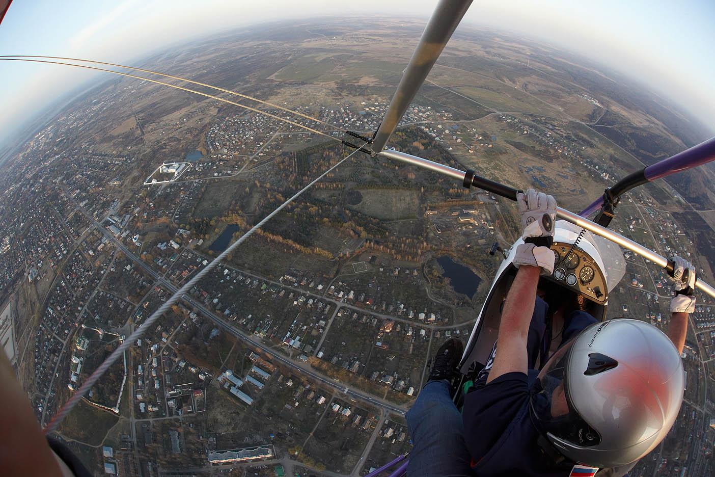 Полеты на дельтаплане, а земля-то круглая!